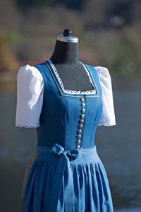 Blusendirndl-blau
